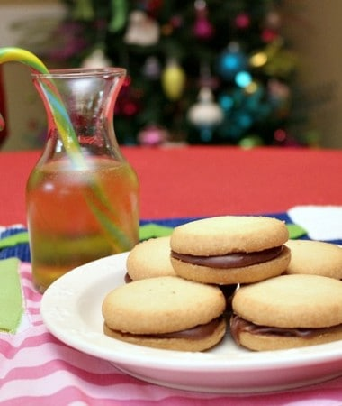 Easy Holiday Recipes: Fudge Sandwich Cookies #HolidayMadeSimple #ad