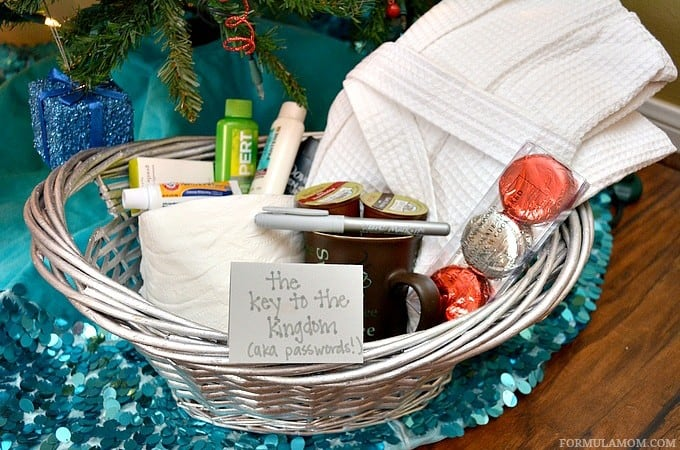 Make Your Own Guest Welcome Basket