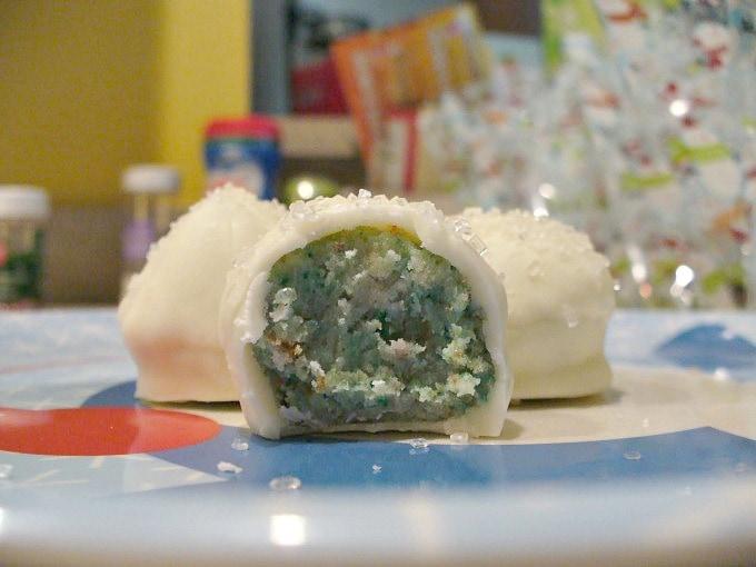 Holiday Baking 2009: Cake Balls