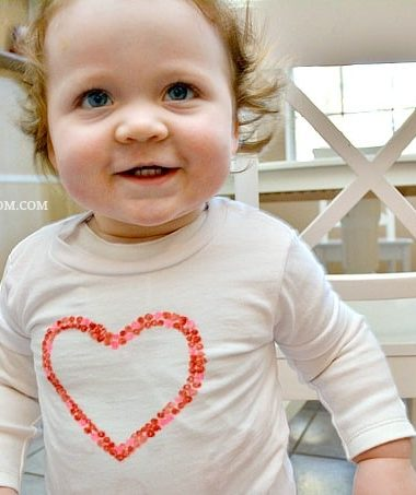 DIY Valentine Shirts fir Kids #ValentinesDay #crafts #diy