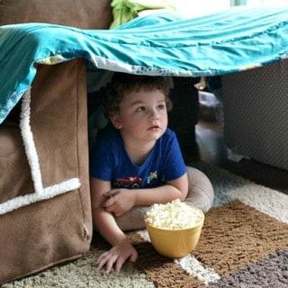 Family Movie Night Ideas: Build a Pillow Fort! #PopSecretForts