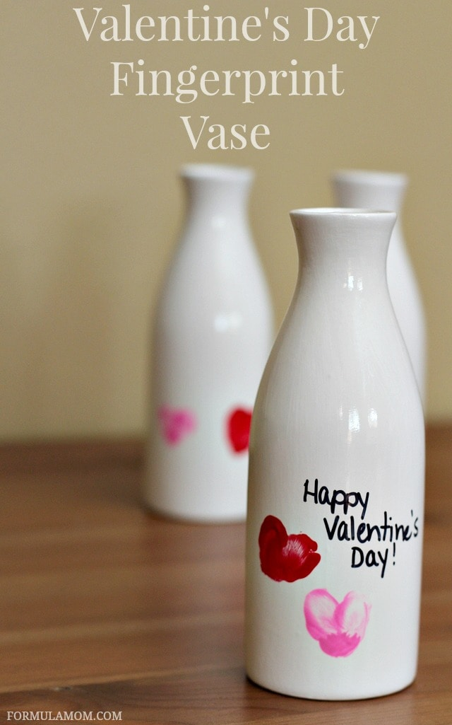 Valentine Crafts for Preschoolers: Fingerprint Vase #ValentinesDay #crafts