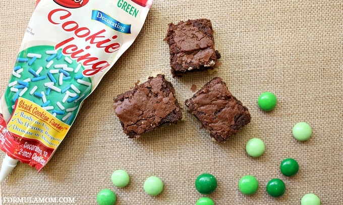 Here's what you need to make Easy Shamrock Brownies!