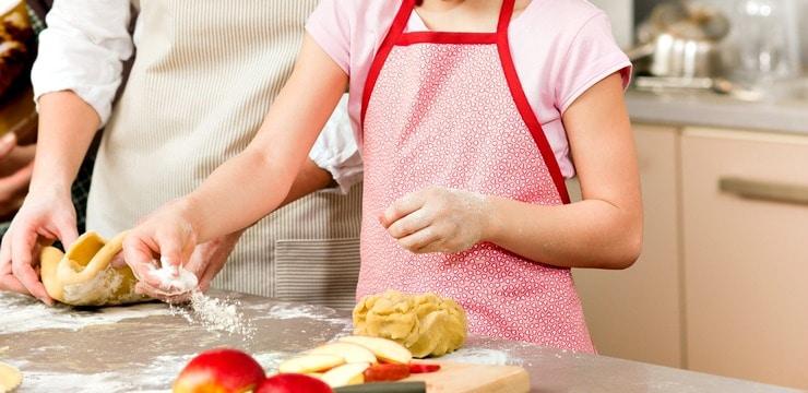 Easy Ways to Get Kids in the Kitchen