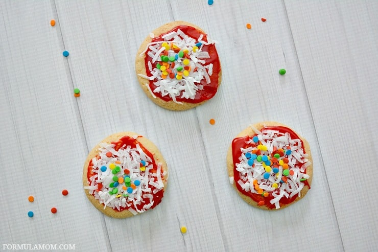 enjoy making these sugar cookie pizza cookies with your family this easy cookie decorating idea - Sugar Cookie Decorating