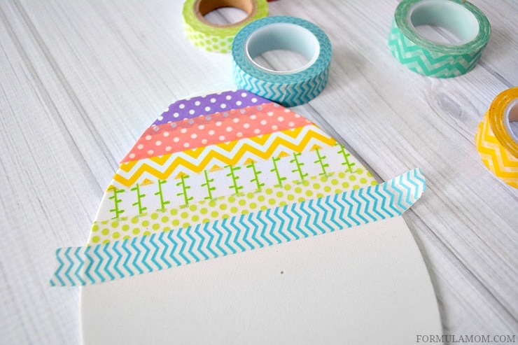 This Washi Tape Easter Egg craft is perfect for easy #Easter decorating!