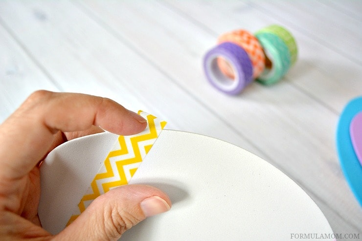 This Washi Tape Easter Egg is simple to make! #Easter