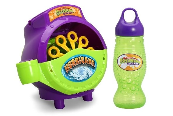 Summer Outdoor Toys for Toddlers: Bubbles