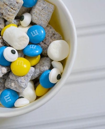 Celebrate all things Minions or Despicable Me with this Minions Munch! Your kids will love helping make this easy snack mix recipe!