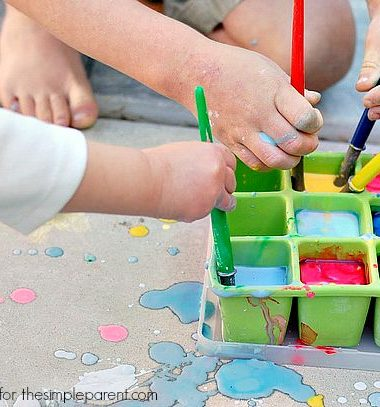 Summer is a great time to continue learning! Try one of these fun science activities to help your kids learn while having fun! These easy summer science activities for kids will keep those minds going without any complaints!