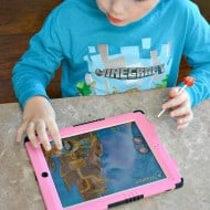 There are easy ways to limit screen time for your kids! Check out how you can set an example and allow your kids access to the technology they love without it getting out of control!