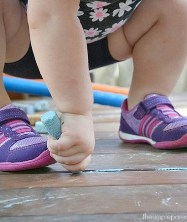Active play ideas for kids are essential in raising healthy kids! Play doesn't have to be complicated to be beneficial physically. Check out these easy ideas and get your kids moving!