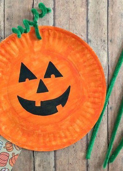 Easiest Paper Plate Pumpkin Craft!