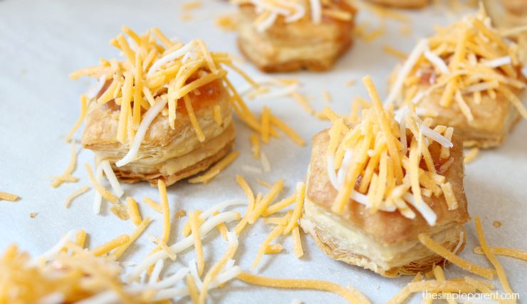 Looking for an easy game day snack idea? Grab a can of soup and some puff pastry cups to make these easy and hearty soup cups! Perfect game day snack or bite size snack recipe for any get together!