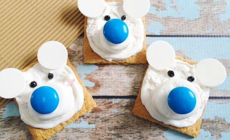 Easy Polar Bear Graham Cracker Squares