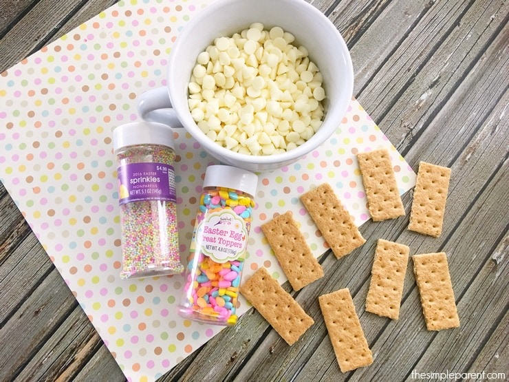 The ingredients you need to make graham cracker dippers.