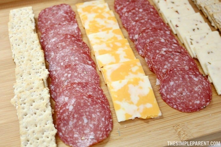 Make entertaining easy with this DIY meat and cheese board idea!