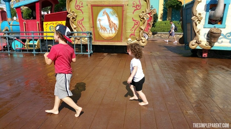 Check out these easy ways to make your Disney family vacation educational and fun!