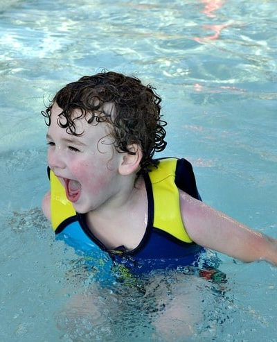 Keep your family safe with these summer water safety tips!