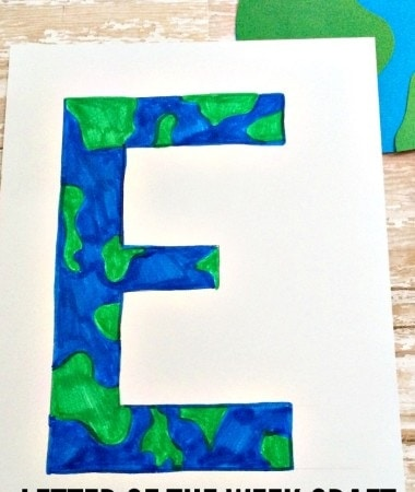 Celebrate our Earth with this letter of the week craft! Perfect for science lovers and Earth Day!