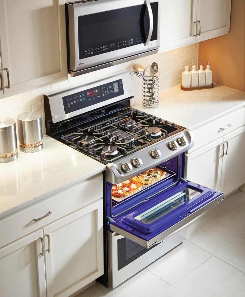 Make holiday baking easier with the LG ProBake Oven!