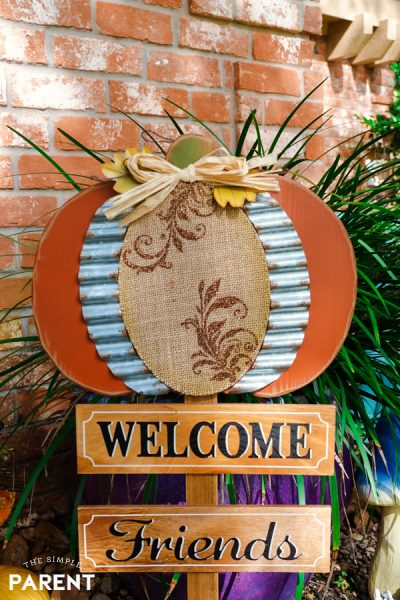Welcome Friends Fall yard sign