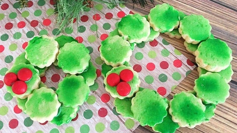 Christmas Cookie Ideas: Sugar Cookie Wreath