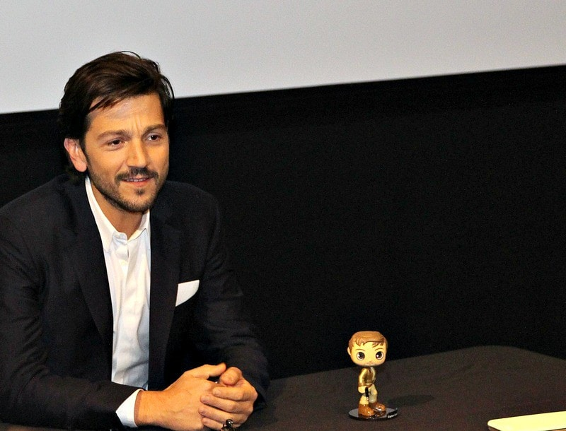 Check out my Star Wars Rogue One Interview with Diego Luna (Captain Cassian Andor)!