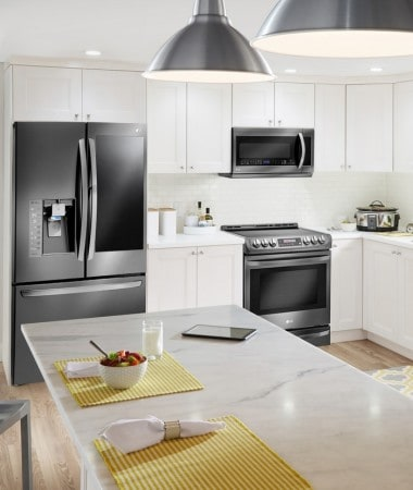 Best Buy LG Appliances can breathe new life into your kitchen with sleep design and functionality!
