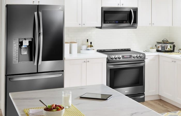 Best Buy LG Appliances Have Me Dreaming About a New Kitchen