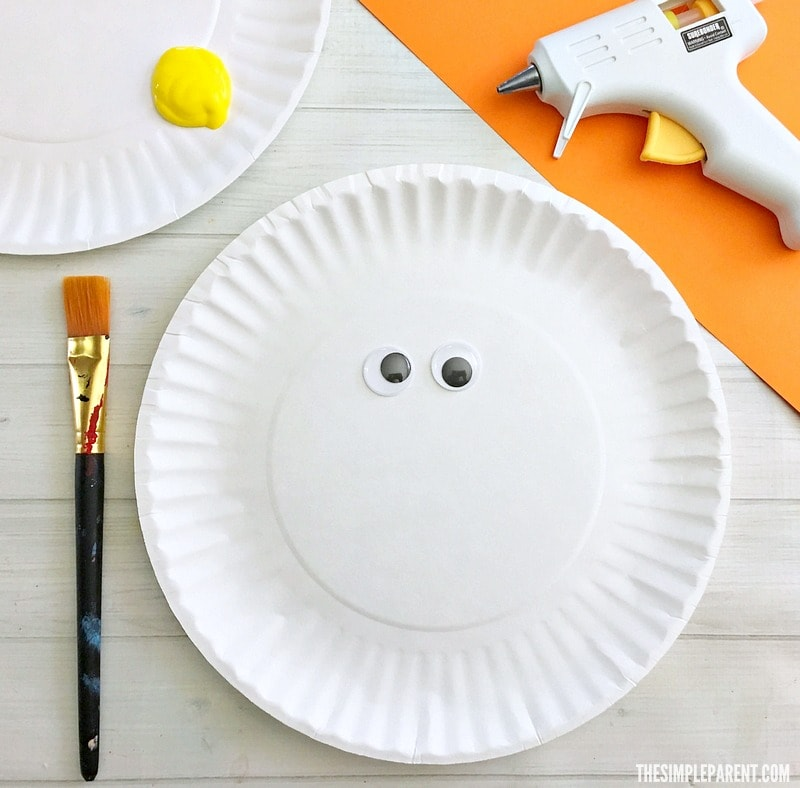Get what you need to make this easy Easter paper plate craft with your kids!