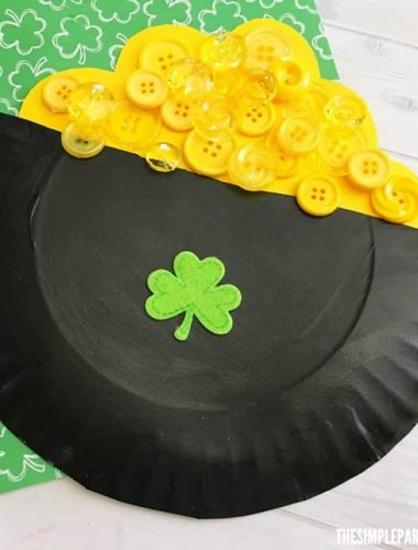 East Pot of Gold craft ideas are perfect fro St. Patrick's Day!