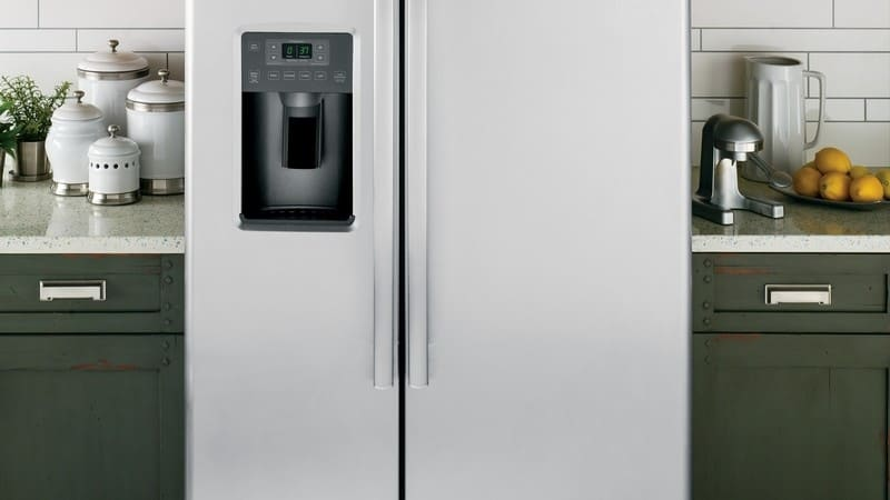 Want the Best Organized Kitchen? Start with Your Refrigerator!