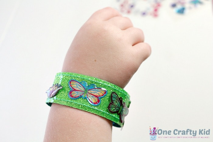 The Melissa & Doug Design Your Own Bracelets kit was a hit with our family!