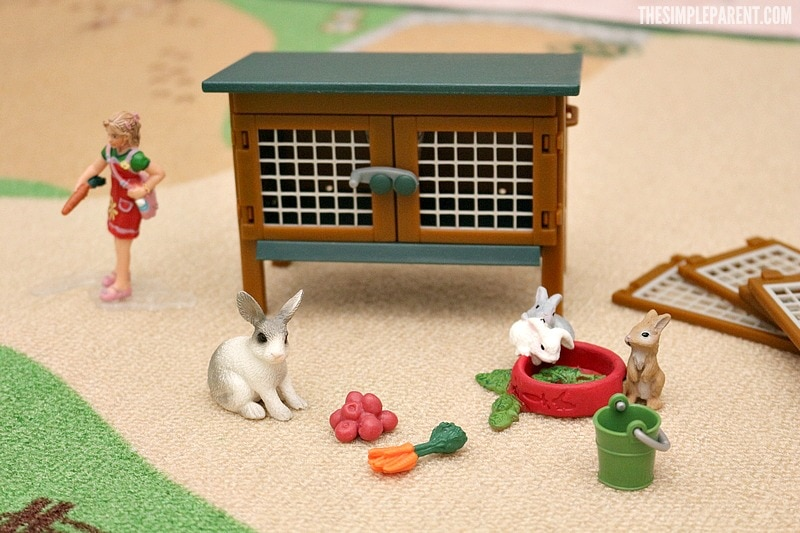 Create a themed gift with Schleich farm toys!