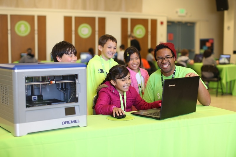Summer STEM camps are a great option for kids!