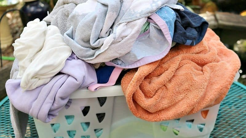 Cold Water Washing & More Easy Eco-Friendly Laundry Tips