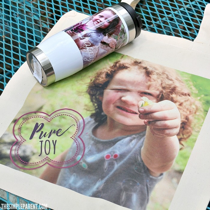 Easy homemade gifts are the perfect way to turn your family photos into heartfelt gifts!