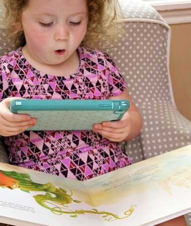 Keep reading fun and prevent the summer slide with easy family reading night activities!