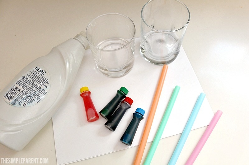 Learn how to make easy preschool bubble art! Here's what you need to get started!