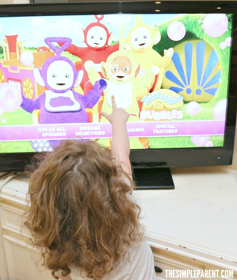 Make preschool bubble art and then enjoy the Teletubbies: Bubbles DVD together!