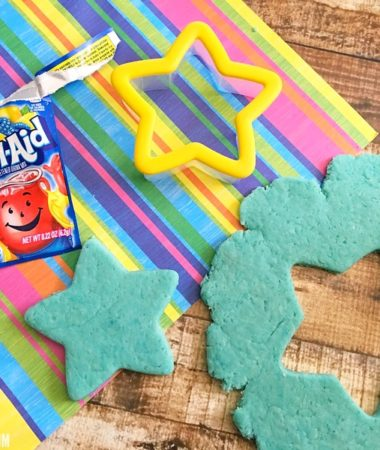 Try this recipe for homemade playdough with your kids!