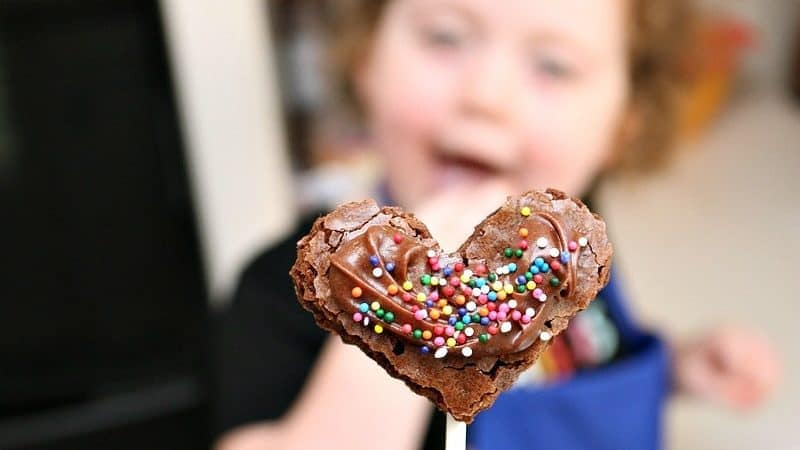 Celebrate with Easy Brownie Pops You Can Make Together!