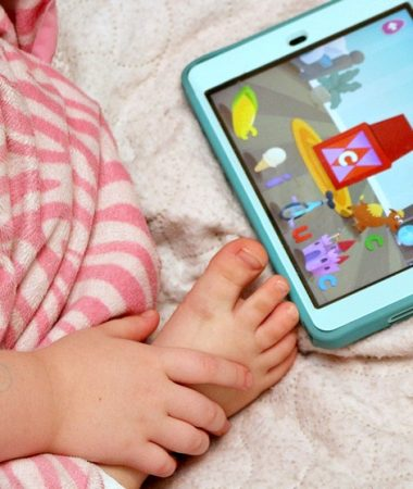 Reading Eggs Junior is a great way to turn your preschoolers screen time into fun learning time!