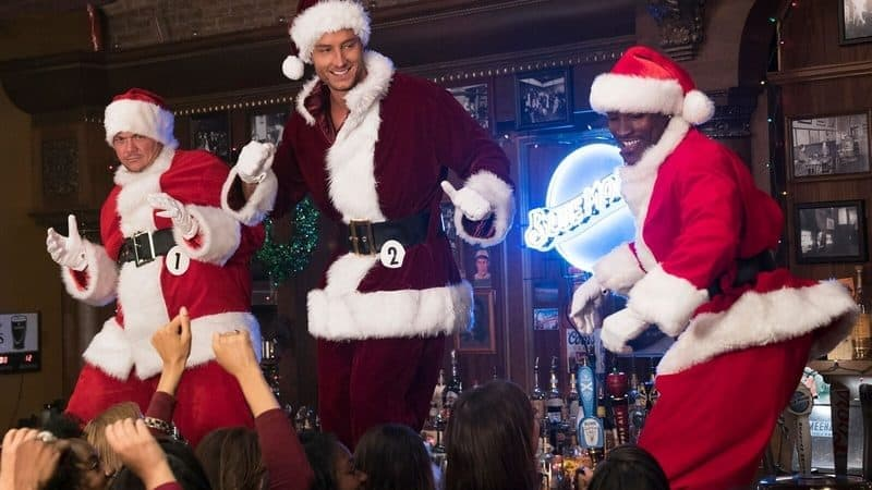 A Bad Moms Christmas Movie Review & Why You Need to See It