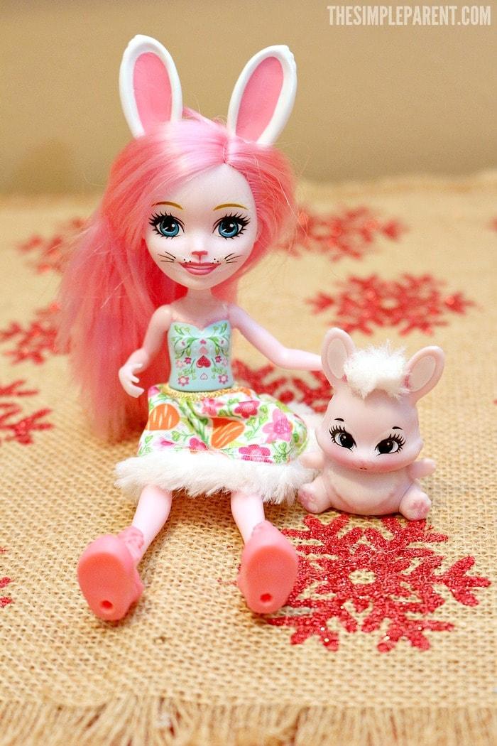 Meet the Enchantimals dolls!
