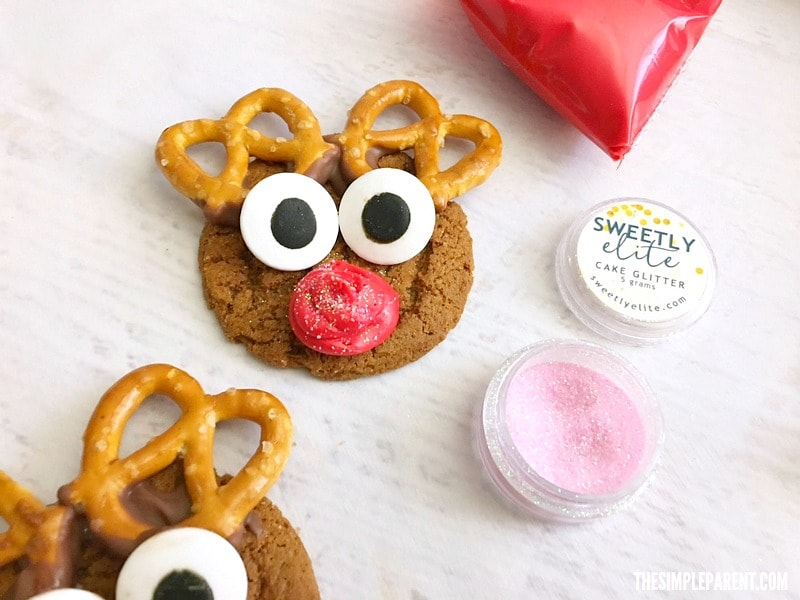 Learn how to make easy Gingersnap Reindeer Cookies with your kids this holiday season!