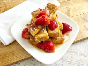 Cinnamon French Toast Sticks are a great family-friendly breakfast idea!