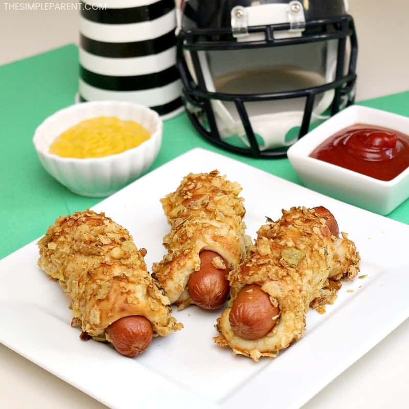 13 delicious easy finger foods to make for game day for Easy tailgating recipes for a crowd