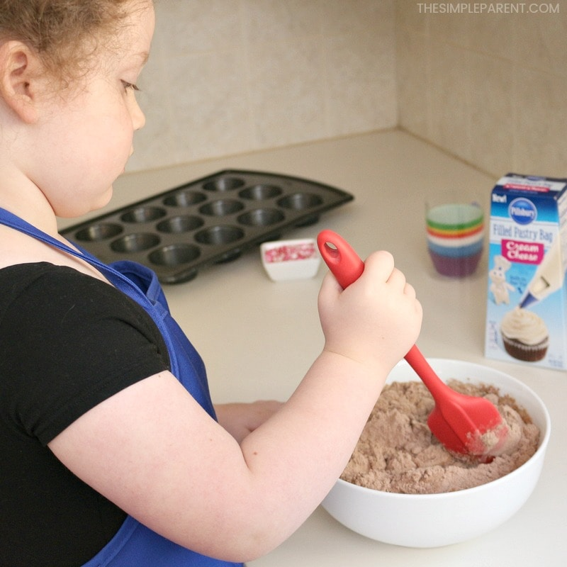 Make Valentine chocolate cake with your kids!